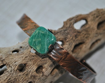 Rustic copper cuff with teal Amazonite stone, Hammered copper bracelet, metal work, boho, unisex