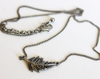 Silver Attached Feather Necklace