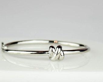 Knot Bangle, Knot Bracelet, Bridesmaid Gift, Tie the Knot jewelry,  Silver Knot Bangle, Bridesmaid Gift, Bridesmaid Jewelry