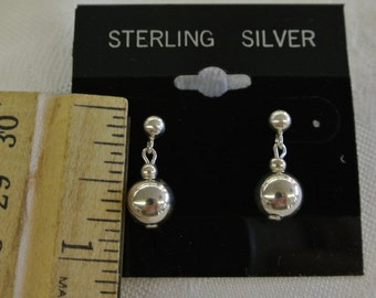 "Sterling Silver 925 Exquisite Hanging Globe Post Earrings 3/4"" Long # 6007"
