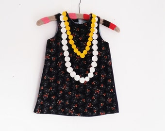 dress girl necklage classic size  3t 4 t