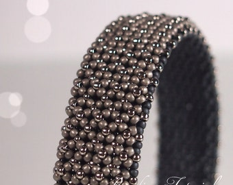 Tutorial Chenille Bangle - beading pattern, DIY jewelry making tutorial, chenille stitch