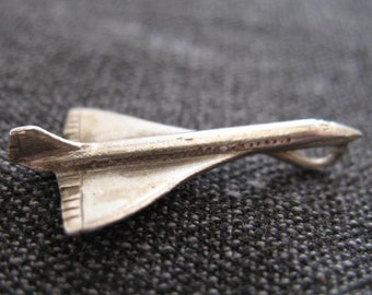 Vintage (1970's) silver Concorde charm