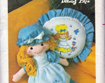 Vintage  26 Inch Doll Pattern, 26 Inch  Doll Dress and Hat Pattern, Pillow Pattern, Huggable Polly Pal, Butterick 4519, Uncut With Transfers