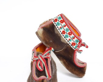 Vintage 90's Moccasins Real Fur Shoes with Laces
