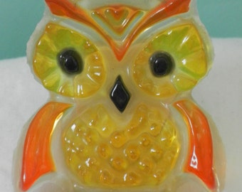 1970s 70s Cute Owl Lucite Night Light, Nite Lite, orange and yellow