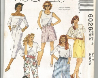 UNCUT 6026 McCalls Sewing Pattern Split Skirt Shorts Pants Size Medium 14/16