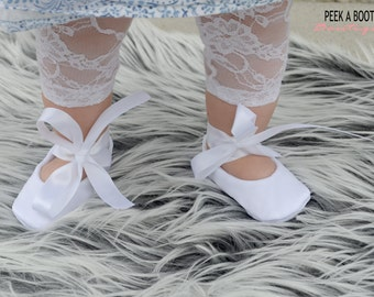 White Satin Baby Ballerina Slippers with White Satin Ribbon/ White Baby Shoes/ Ribbon Baby Shoes/  Baptism Baby Shoes/ Baby Blessing Shoes