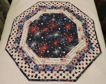 Patriotic Quilted Table Runner (M 61)