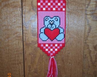 Teddy Bear Holding heart Wall hanging in Plastic canvas