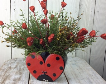 Valentine Centerpieces, Valentines Gift, valentines day decor, valentine day decor, Lady bug arrangment,valentines decorations,lady bug vase
