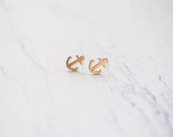 Small Simple Anchor Brass Studs