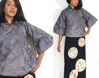 Vintage 50s 60s Grey Satin Padded Bell Sleeve Asian Japanese Kimono Jacket
