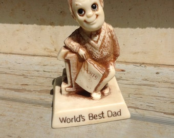 World's Best Dad by R.W. Berries Co's 1976 - everything, including eyes, in great condition - just in time for Father's Day