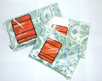 Vintage 1970s St Michael Cotton Floral Bedding Set - Sheet & Pillowcases - BNWT