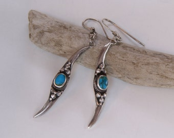 Vintage tribal wave silver and turquoise dangle earrings / 835 silverdangle earrings / tribal earrings / turquoise tribal dangle earrings