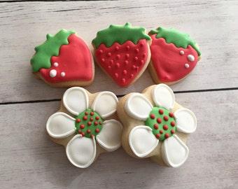 Mini Strawberry Shortcake Cookies | Sugar Cookies
