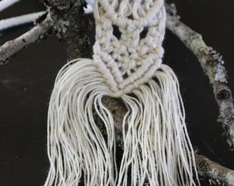 Macrame Necklace - Ivory/White/Cream