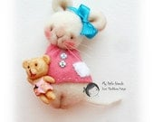 Baby girl mouse. Brooch. Miniature toy