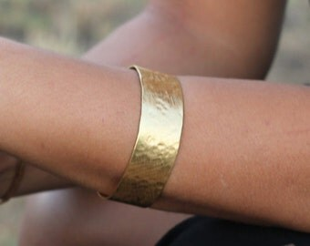 Wide Hammered Gold Cuff Bracelet, Hammered Bracelet Cuff, Wide Cuff Bracelets for Women, Wide Bracelets, Wide Gold Cuff Bracelet Gold