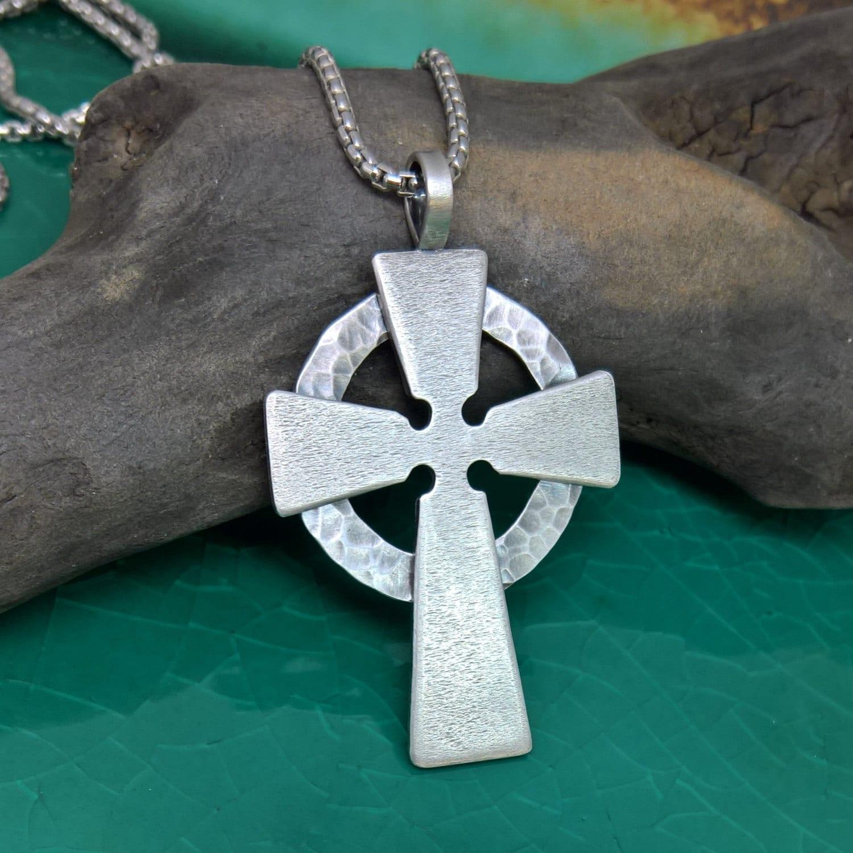 mens hammered celtic cross mens sterling silver by. Black Bedroom Furniture Sets. Home Design Ideas