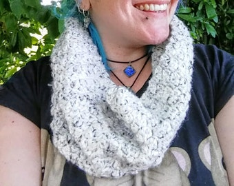 Ready made chunky crochet ladies cream coloured cowl infinity scarf handmade
