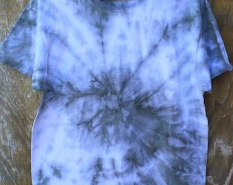 Unisex Tie Dye Shibori T-shirt Shirt  Men Nu Goth Woman Gray Grey Boho Hippie Chic by The Wild Willows