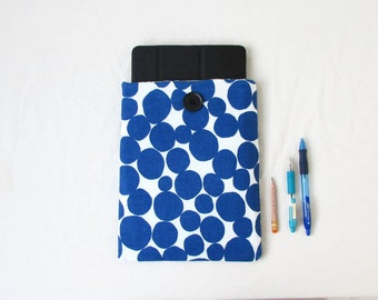 Blue Spotty IPad case, 10 inch tablet cover, padded tablet sleeve Ipad cover Samsung Galaxy Tab 10 Christms gift for him, handmade in the UK