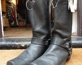 Vintage black leather harness ring motorcycle biker boots US 10 11 UK rockabilly square toe made in USA Georgia Marlon Brando