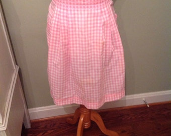 Vintage apron,Pink and white gingham checks