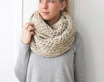 SALE Chunky Knit Infinity Scarf | Oatmeal