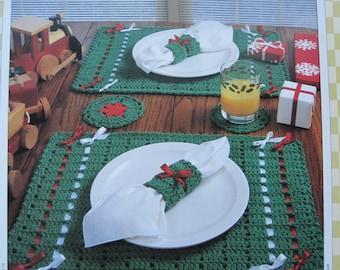 Crochet Pattern - Christmas Dinner Set - Vintage 1995