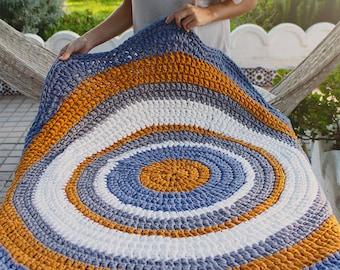 Carpet round shaped flower of 1.20 meters. Model Flora (petals finish)