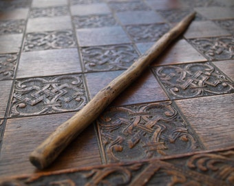 BLACKTHORN Wood Wand #1 - Antique Style (Wicca, Witch, Pagan, Druid, Harry Potter)