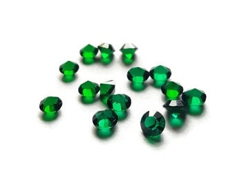 May Birthstone Crystal Floating Charm for Floating Lockets-Emerald Green-5mm-1 Piece-Gift Ideas