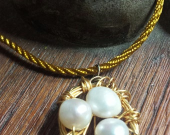 Gold Wire with Pear Eggs Bird's Nest Necklace