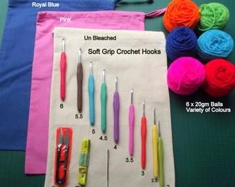 Beginners Crochet Starter Kit Including 9 Soft Grip Crochet Hooks 2-6mm, Tape Measure, Wool, Snips Sewing Needle Bag & Instructions