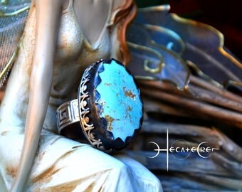 Native Turquoise Silver Ring - Statement Silver ring -Size 8 US - Arizona Turquoise - Boho chic Silver Ring - Engraved band - Unique ring
