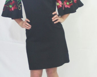 FREE SHIPPING Vintage 50's 60's Elegant Miss California Black Pink Fancy Wool Yarn Embroidered Floral BIG Bell Sleeve Dress
