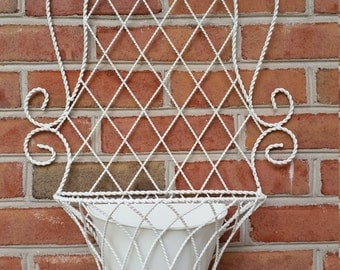 Vintage Planter Twisted Wire Wall Pocket Basket Metal Insert Planter Home Garden Decor