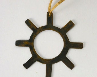 Tribal Sun Wine Bottle Charm