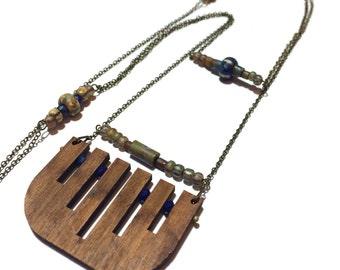 ULURU_Sautoir wooden, pearls and semi-precious stones (n_6)