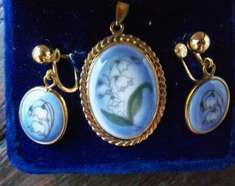 Vintage Bing and Grondahl Porcelain China 12KTGF Lily of the Valley Pendant with Matching Earrings in Original Blue Velvet Box-Hard to find