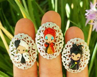 Disney villains ring inspired , choose your favorite, Maleficent,Cruelle, Red Queen  . Disney Clay charm. Disney villain jewelry.Clay jewels