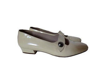 1970s Minelli Mary Janes SHOES // french 70s shoes // size us 7.5