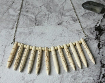 SALES - Navis - Howlite stone necklace silver chain