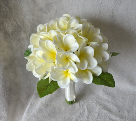 Real Touch Tropical Plumeria Bouquet Ivory Yellow Center