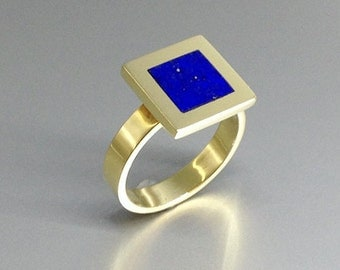 Contemporary designed ring with Lapis Lazuli and 18K gold - gift idea