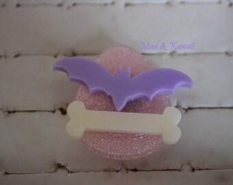 Pastel ring goth