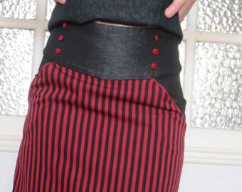 Skirt pin up